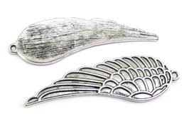 Breloque aile en métal argenté - 52 x 17 mm - RZZ98