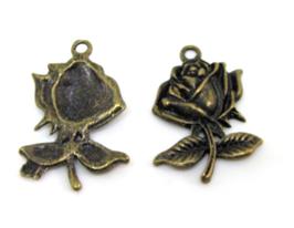 2 Breloques fleur en métal bronze - 25 x 17 mm - RZZ109