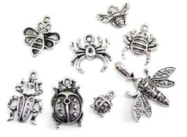 8 Breloques insectes en métal argenté - RZZ4