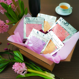 Loose Tea Sampler Discovery Box