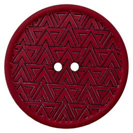 Ronde donker rode 2 gaats knoop met driehoek motief van gerecycled materiaal.