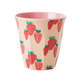 Medium Melamine Cup - Strawberry Print von RICE