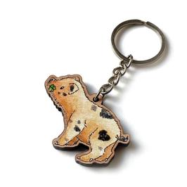 Schlüsselanhänger aus Kirschholz: Kleines Glücksschwein