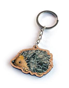Schlüsselanhänger aus Kirschholz: Igel (stehend)