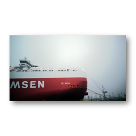 Schiff Titania