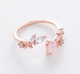Anello aperto con goccia rosa