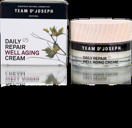 Team Dr. Joseph - Daily Repair Well Aging Cream