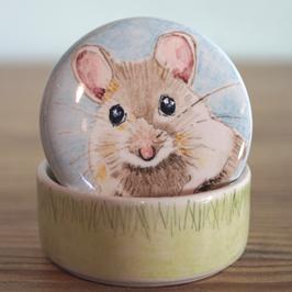 Koesterdoosje met portret muisje (of hamster)