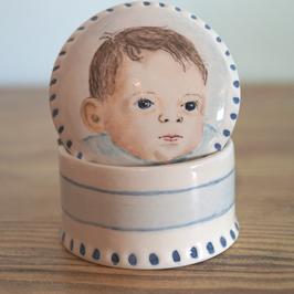 Koesterdoosje met portret baby