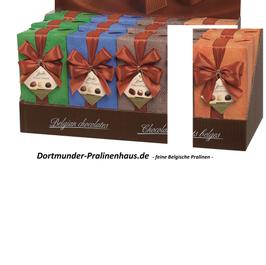 250g Belgische Pralinen im Geschenkkarton in edlem orangefarbigen Geschenkpapier mit Satin-Schleife