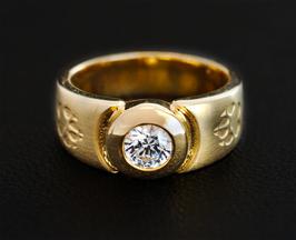 Ring mit Pfoten & Zirkonia: GMH-321gp