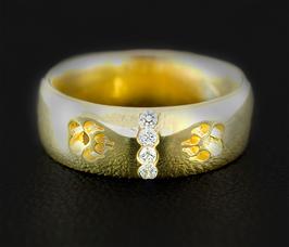 Ring mit Pfoten & Zirkonias: GMH-267gp