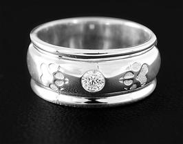 Ring mit Pfoten & Zirkonia: GMH-310s