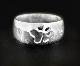 Ring mit einer Pfote & 2 Zirkonia: GMH-404s