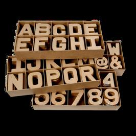 Kleine Pappmaché Buchstaben