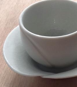 湯のみと茶托 カラー