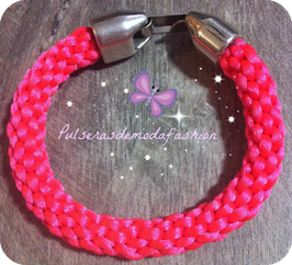 Kumihimo pink butterfly