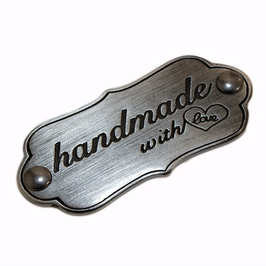 "Schild ""handmade with love"" silber, matt"