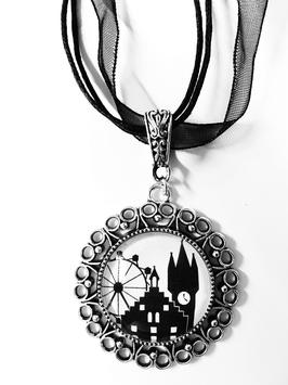 RATHAUS Straubing-Edition Motivkette schwarz-weiß mit antiksilberfarbener Fassung (Ornament)