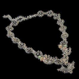 Blütenkette mit Hirschkopf und Süßwasserperlen