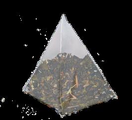 Te Verde gunpowder con hojas de hierbabuena cajita de 25 piramides.