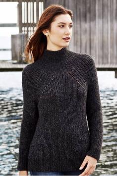 Sweater med djup raglan