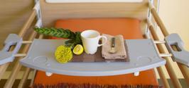 Tavolino servitore da sponde letto