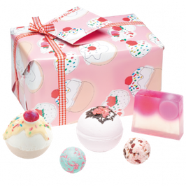 "Coffret de bain ""Cherry Bathe-well"" - Bomb Cosmetics"