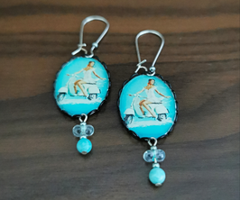 Boucles Bleu Azur, perles transparentes