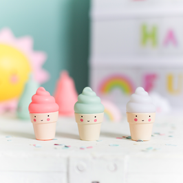 3 mini figurines glaces pastels A little lovely company