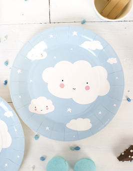 12 assiettes en carton nuages bleu ciel A Little lovely company