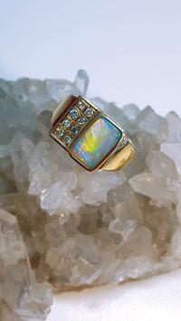 Schwarzer Opal aus eigener Mine