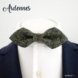 "Noeud papillon vert motif feuillage ""Ardennes"" - forme en pointe"