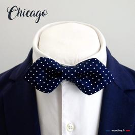 """Noeud papillon bleu à pois blanc """"Chicago"""" - forme en pointe"""