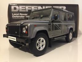 Land Rover Defender 110 1990-2016 LHD grau met. / schwarz