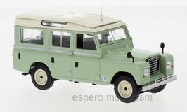 Land Rover 109 Series IIA 1969-1971 hellgrün / beige
