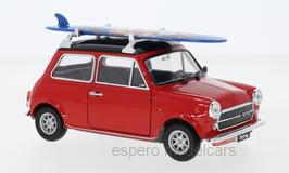 Austin Mini Cooper 1300 1974 rot / schwarz mit Surfbord