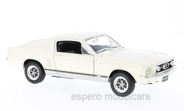 Ford Mustang GT Fastback 1967-1968 weiss / schwarz