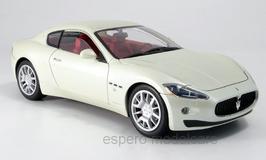 Maserati GranTurismo Coupé seit 2007 weiss