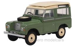 Land Rover Series IIA SWB Station Wagon 1961-1970 RHD grün / beige
