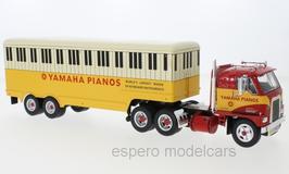 "International Harvester DCOF-405 ""Yamaha Pianos"" Sattelschlepper 1959 rot / gelb"