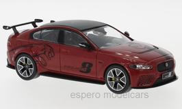 Jaguar XE SV Project 8 2017 dunkelrot met. / schwarz