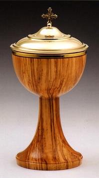 Pisside in legno d' ulivo mod. 12109