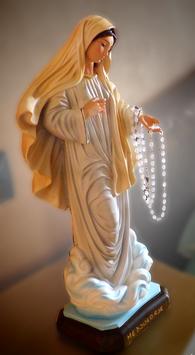 Statua Madonna di Medjugorje con rosario