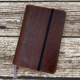 Einzelstück: Lederhülle für Moleskine® Pocket in Adventure X
