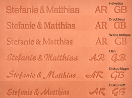 Initialen-/ Namens-Prägung für Dokumentenmappe