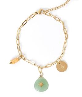 YG-02002 Armbandje goudkleurig trendy Pure Life Groene steen met bedels