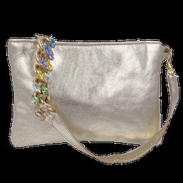 """Pochette """"Viola"""" colore oro platino con catena gioiello multicolore."""