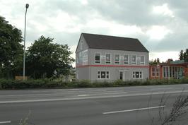 B6 Front-Office: Das kleine Bürohaus an der B6.