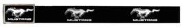 Ford Mustang Stoffgürtel mit hochglänzender Schnalle - Running Horse Print